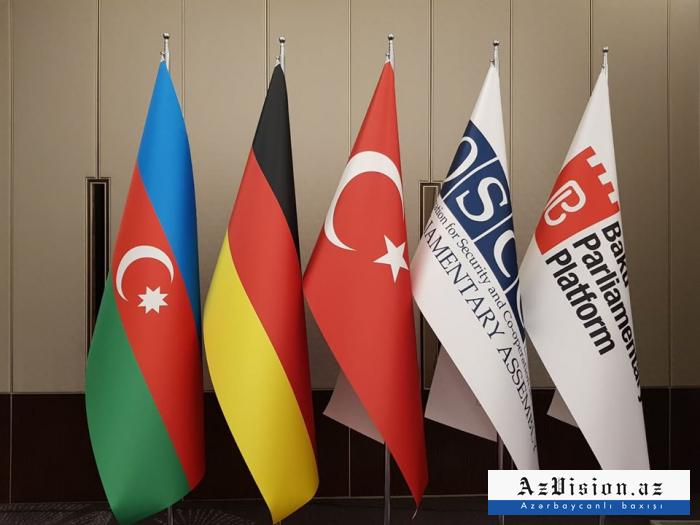 Se establece la Plataforma Parlamentaria de Bakú