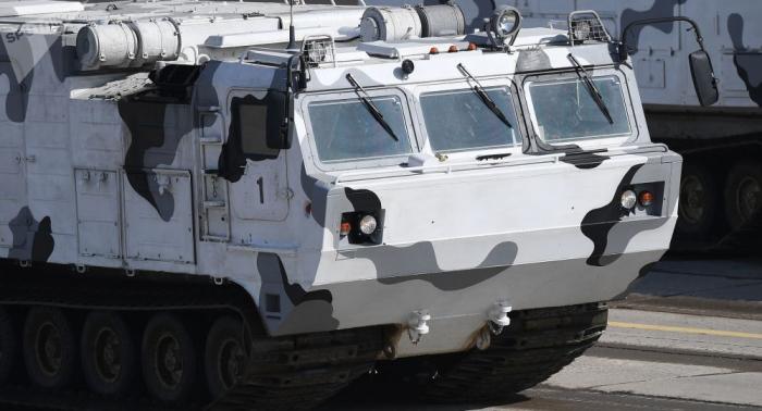 Arktischer Schlag: Schießtests von russischen Tor-Luftabwehrsystemen gefilmt –   Video