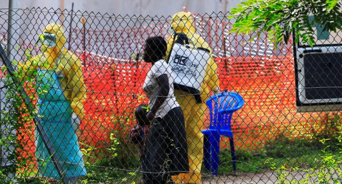 La OMS teme propagación regional del ébola tras primeros casos en Uganda
