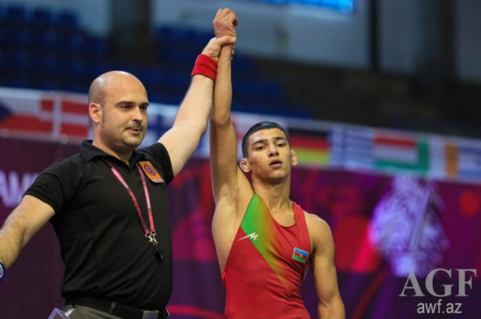 Two Azerbaijani wrestlers become European champions