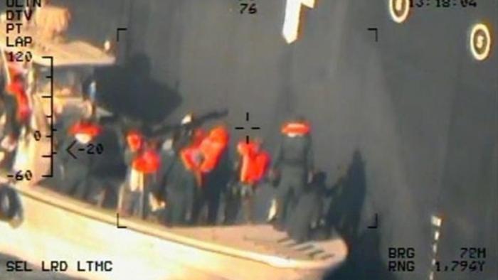 FOTOS  : EE.UU. difunde nuevas imágenes tras el ataque contra petroleros en el golfo de Omán