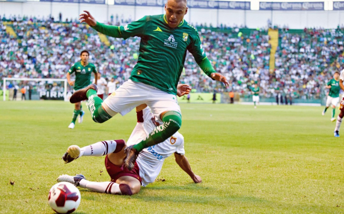 Un mexicano llega desde Azerbaiyán para jugar con Antigua