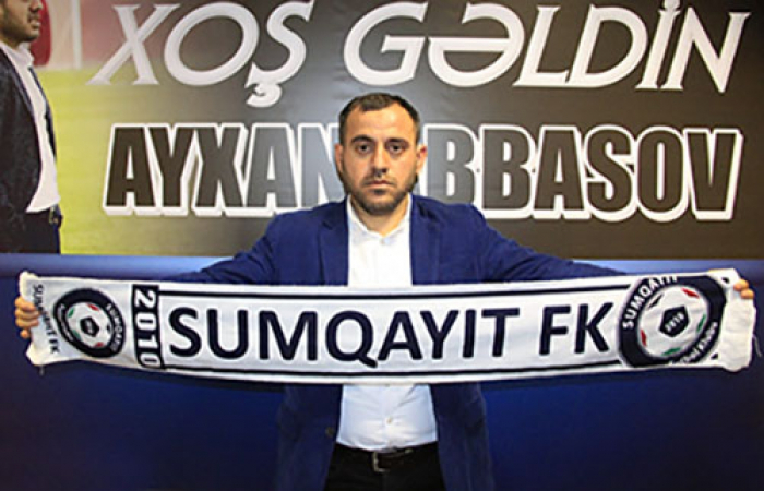 """""""Sumqayıt"""" Ayxan Abbasov ilə müqaviləni uzadıb"""