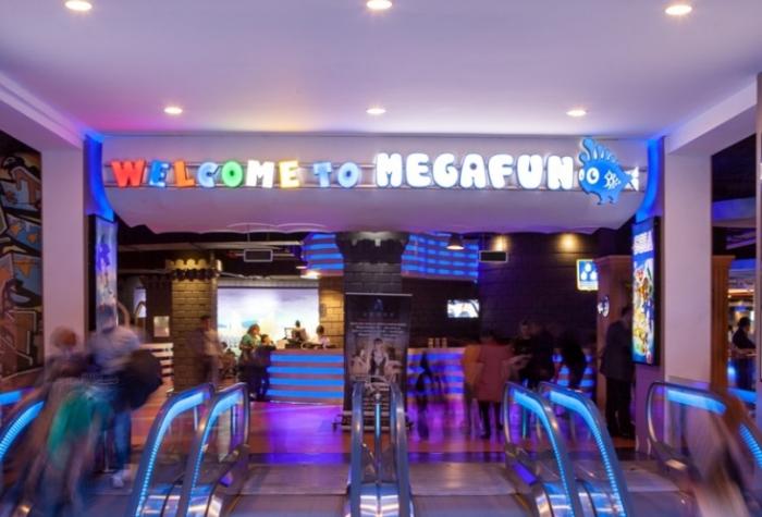 """""""Megafun""""da helium şarları partlayıb - Xəsarət alanlar var"""
