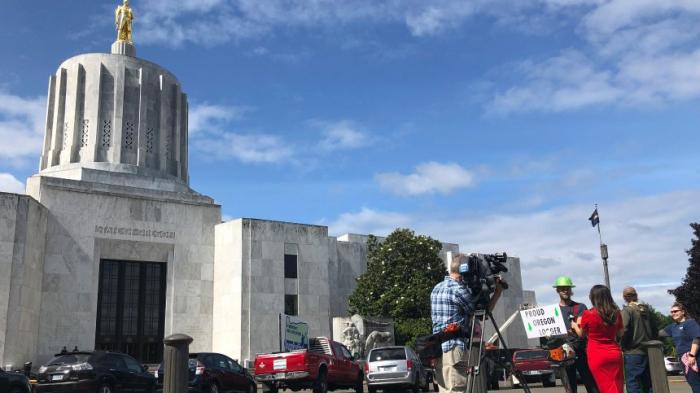 Polizei sucht nach elfSenatoren in Oregon