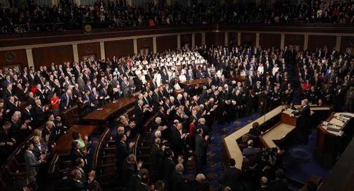Trump afirma que no necesita permiso del Congreso para atacar a Irán