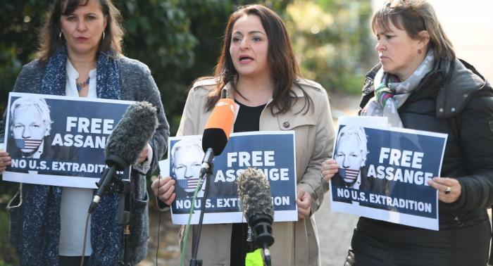 Politisches Asyl für Wikileaks-Gründer Assange in Deutschland gewähren – MdB Dağdelen