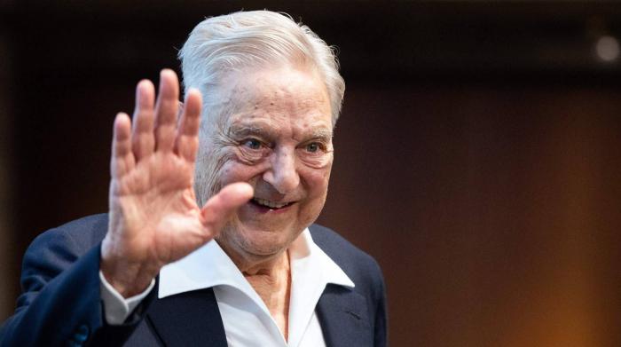 Soros, la heredera de Disney y el cofundador de Facebook piden pagar más impuestos