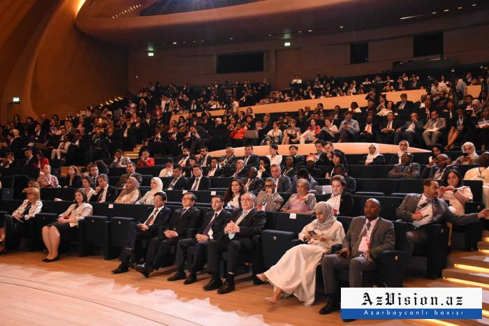 Sigue el Foro de la ONU en Bakú