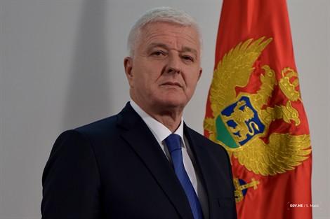 Premier montenegrino  :Montenegro invita a Azerbaiyán a invertir en las áreas de prioridad