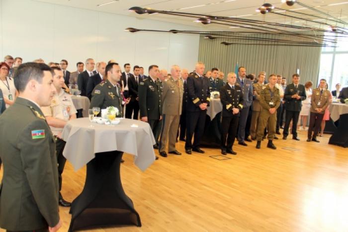 Evento con motivo del Día de las Fuerzas Armadas de Azerbaiyán, en la sede de la OTAN
