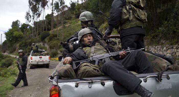Enfrentamiento entre militares de Perú y grupos armados deja un soldado muerto