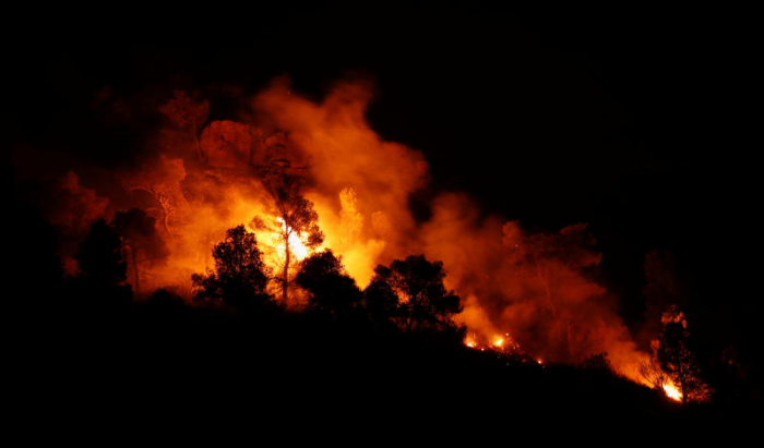 Spain wildfire out of control amid Europe heatwave