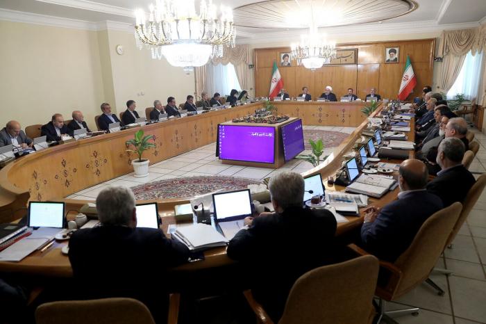 """""""Sanksiyalar insanlığa qarşı cinayətdir"""" - Ruhani ABŞ-a səsləndi"""