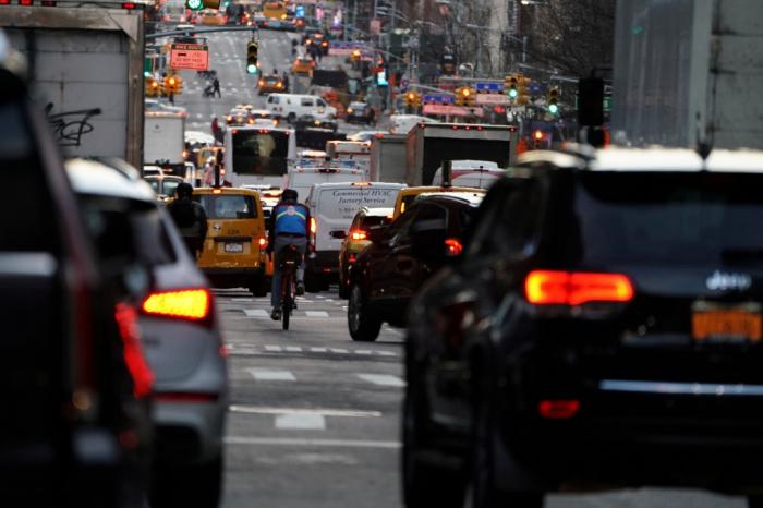 Immigration: New York délivrera des permis de conduire aux clandestins