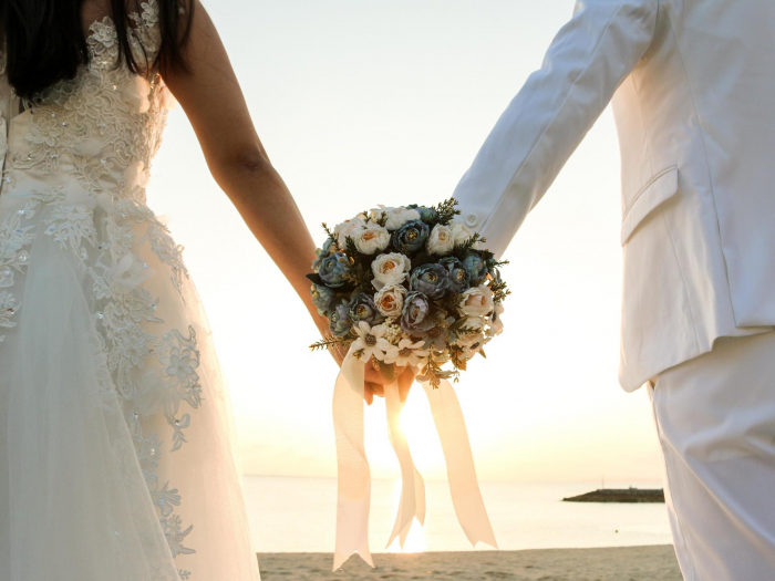 Nearly half of Japanese people who want to get married