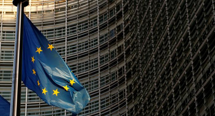 الاتحاد الأوروبي يتابع حادث الهجوم على ناقلات النفط ويدعو لضبط النفس