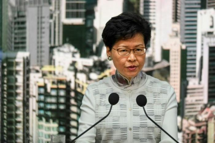 Hong Kong: suspension du projet de loi sur l