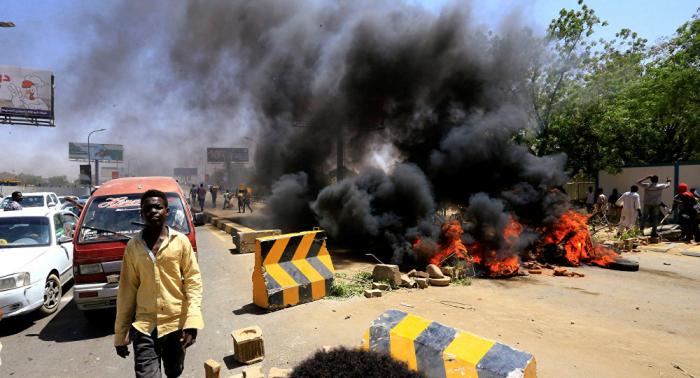 النائب العام السوداني يكشف كواليس ليلة فض الاعتصام