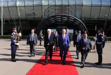 Termina la visita oficial del primer ministro de Montenegro a Azerbaiyán
