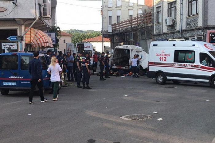 Turquie / Accident de voiture:   mort de 10 migrants irréguliers