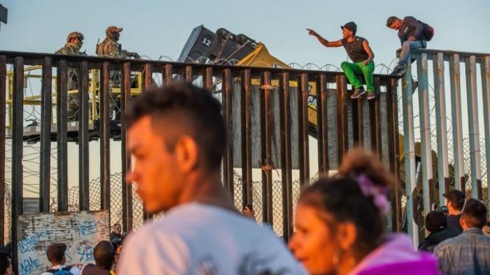 Hunderte Migrantenkinder aus Grenzlager gebracht