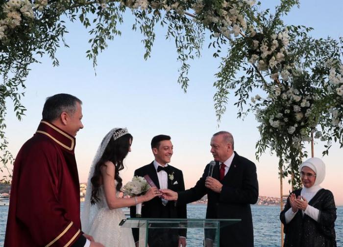 Ərdoğan Məsut Özilin nikah şahidi oldu - FOTOLAR