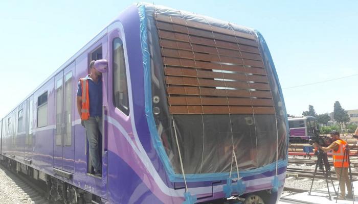 Yeni metro qatarlarının digərlərindən fərqi nədədir? - FOTOLAR