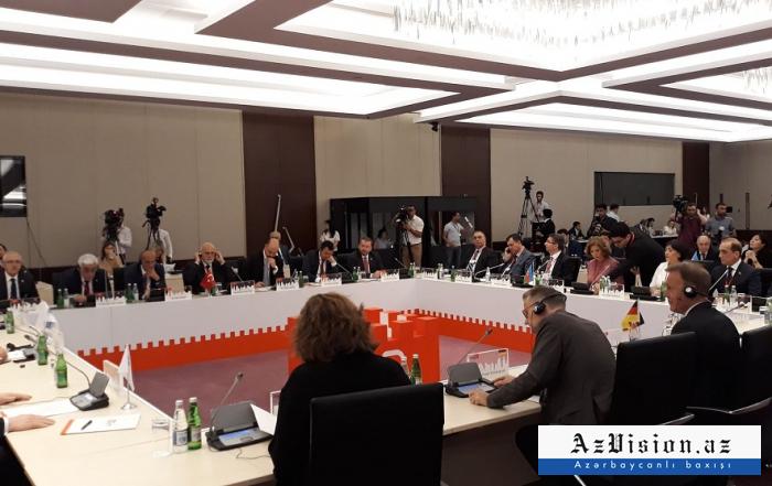 Konstituierende Konferenz der parlamentarischen Plattform von Baku abgehalten -  FOTOS