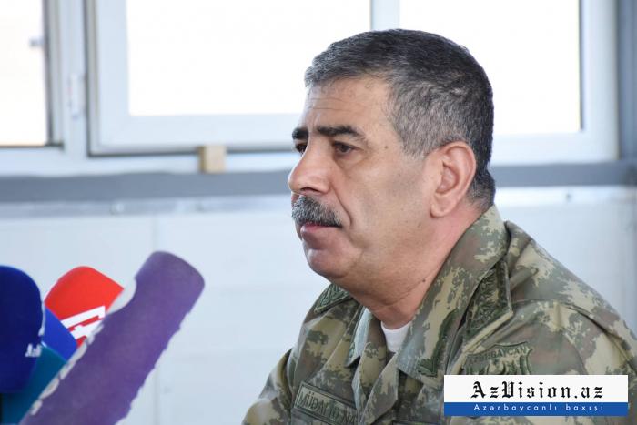 """Müdafiə naziri: """"Silah və texnikaların 90 faizi yenidir"""""""
