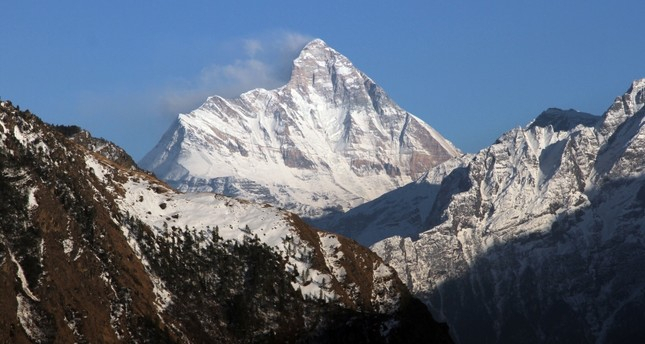 Indian rescuers spot 5 bodies in search for missing climbers on Himalayan peak