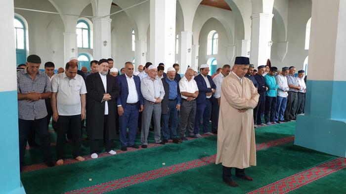 """Din xadimləri birgə """"Vəhdət namazı"""" qılıblar - Fotolar"""