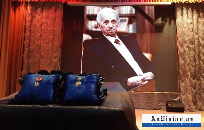 Şirməmməd Hüseynovla vida mərasimi - FOTOLAR