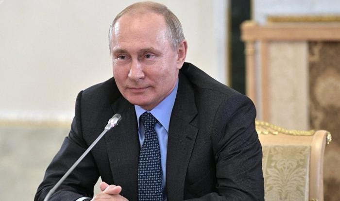 بوتين وولي عهد أبو ظبي يشيران إلى أهمية الاستقرار في الخليج