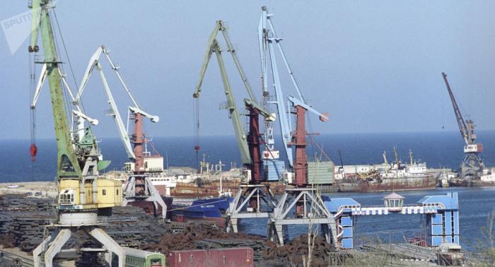 وقوع قتيلين جراء انفجار ناقلة بحرية في ميناء روسي نفطي وإصابة آخرين