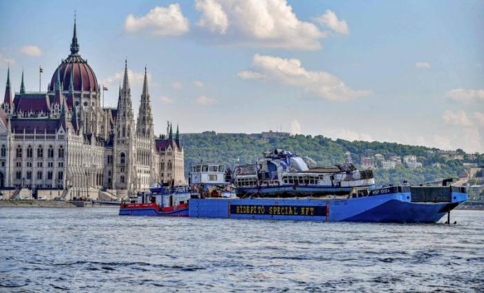 Naufrage en Hongrie: un 25e corps retrouvé