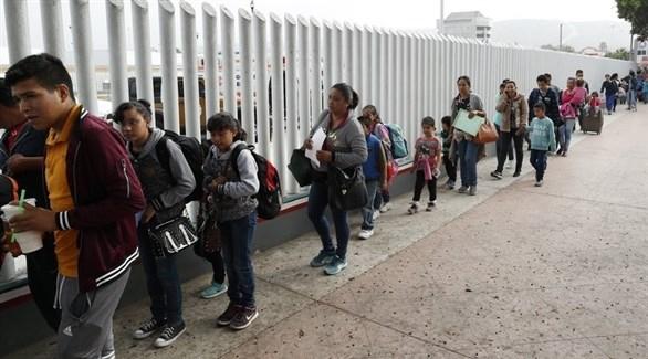 واشنطن تربط مساعداتها لأمريكا الوسطى بالحد من الهجرة