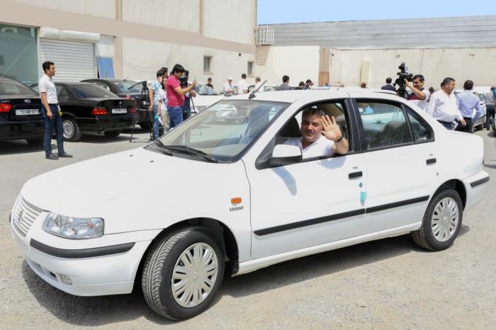 Daha 50 Qarabağ əlilinə avtomobil verildi