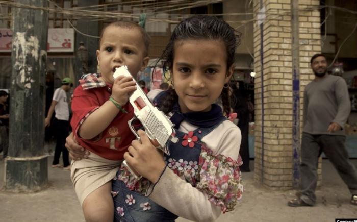 İŞİD-çilərin əsir saxlanılan uşaqları - Hamı onlardan imtina edir