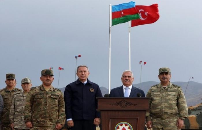 Zakir Həsənov və Hulusi Akar birgə təlimi izlədi - FOTOLAR