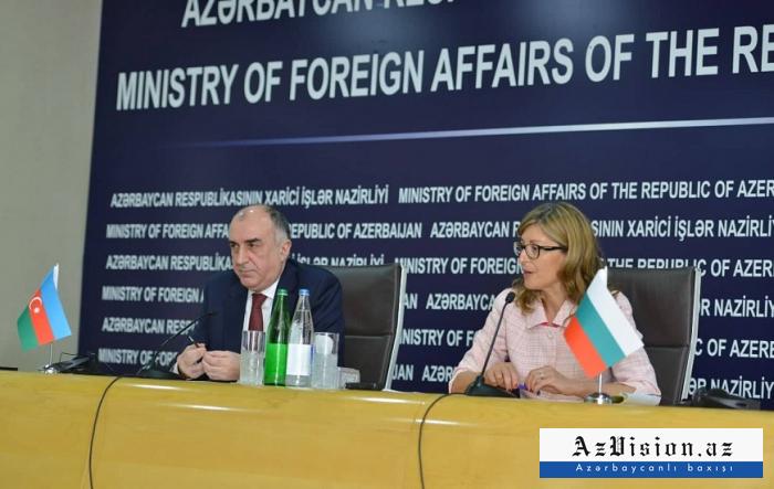 """وزرة الخارجية البلغارية:  """"أذربيجان هي واحدة من أقرب شركائنا"""""""