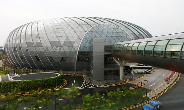 Drone sightings disrupt flights at Singapore