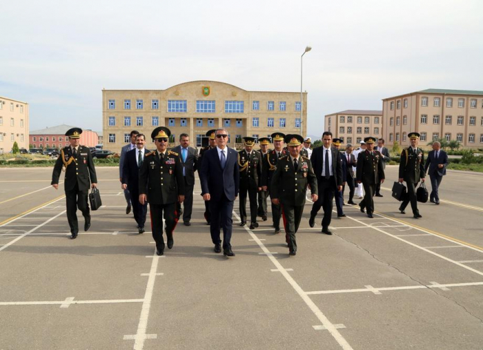 Defense ministers of Azerbaijan, Turkey visit Training-Educational Center & Military Lyceum
