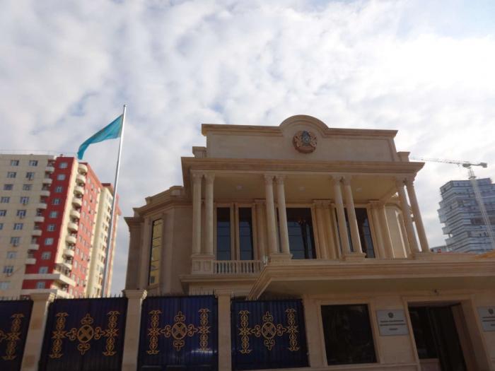 Kazakh electoral district in Baku begins its work