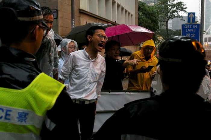 Many in Hong Kong, fearful of China