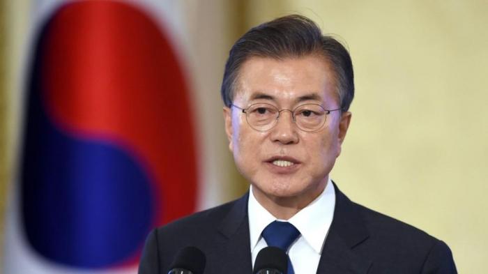 Moon says Trump, Kim Jong Un to meet, shake hands in Panmunjom