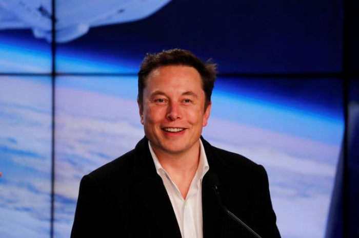 Elon Musk wants to drop nuclear bombs on Mars
