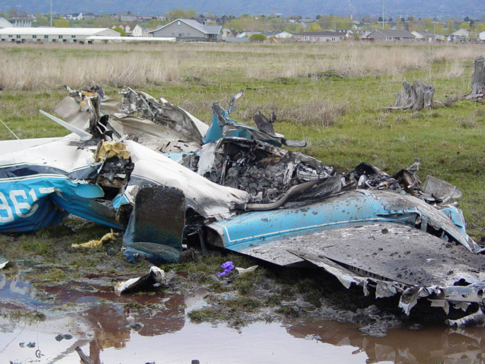 Three people killed, one injured in plane crash in Alaska