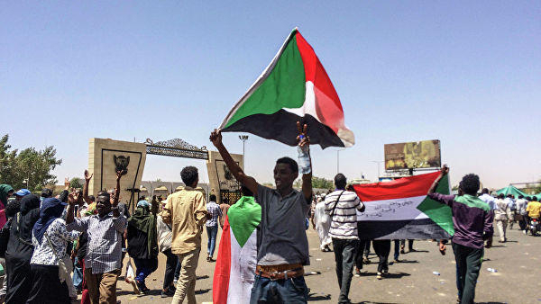 Civil disobedience campaign empties streets of Sudan