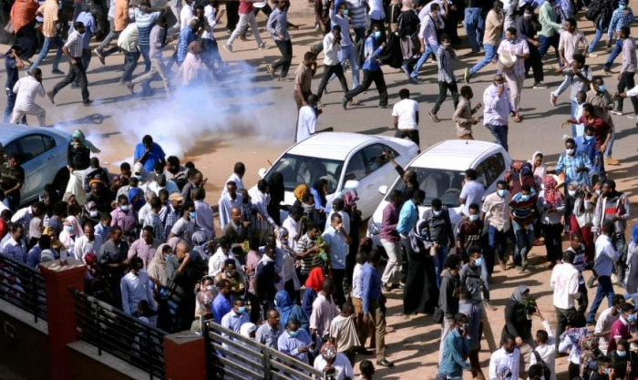 Sudanese officials confirm 5 dead in Monday protests